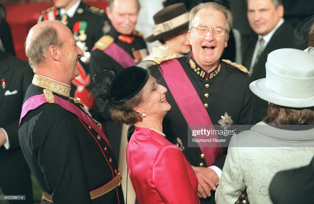 Albert II and the Norwegian sovereigns burst out laughing during the traditional photo session.