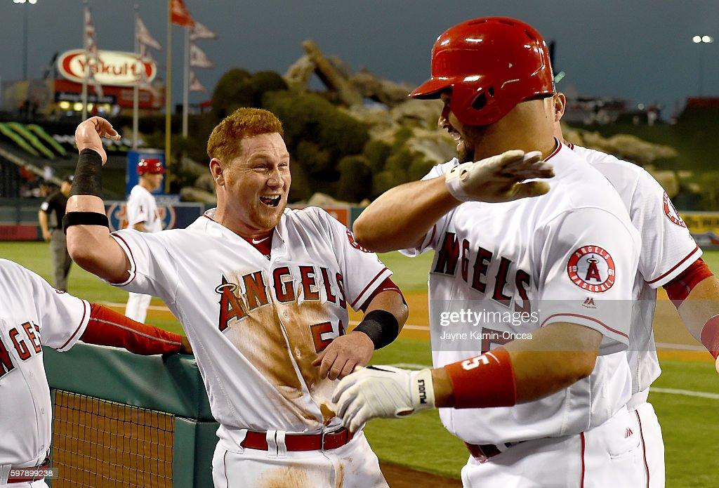 Cincinnati Reds v Los Angeles Angels of Anaheim : News Photo