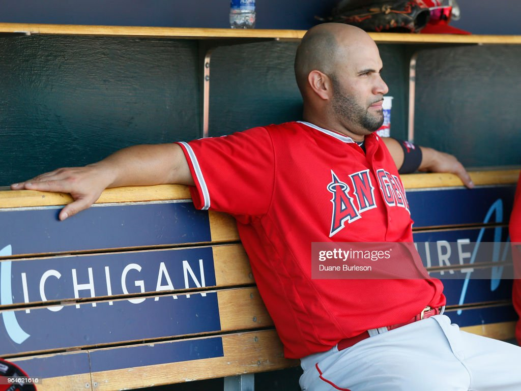Los Angeles Angels of Anaheim v Detroit Tigers : ニュース写真