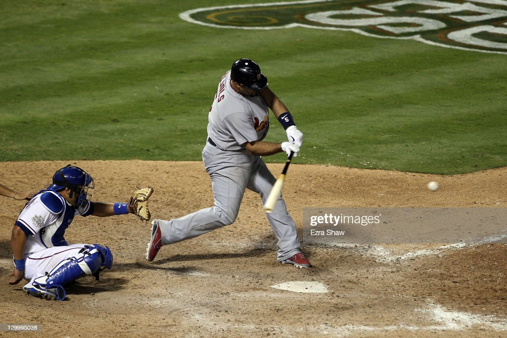 2011 World Series Game 3 - Texas Rangers v St Louis Cardinals : News Photo