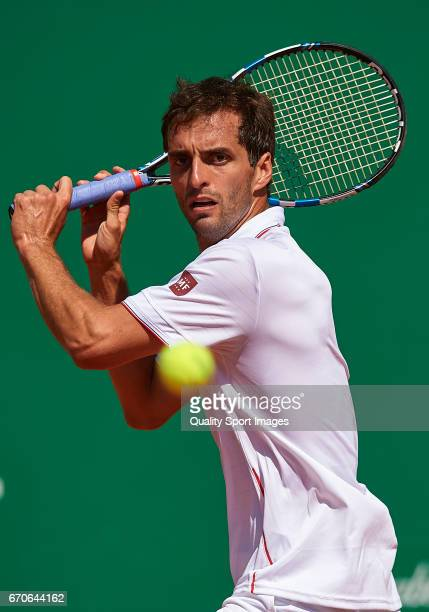 Albert RamosVinolas of Spain in action against Andy Murray of Great Britain during day five of the ATP Monte Carlo Rolex Masters Tennis at MonteCarlo...