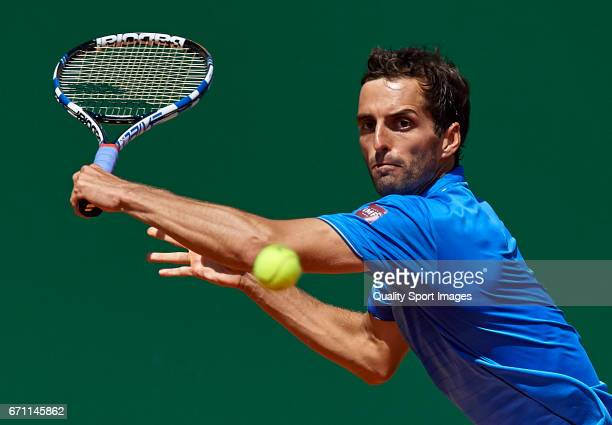 Albert RamosVinolas of Spain in action during the men's quarterfinal match against Martin Cilic of Croatia on day six of the ATP Monte Carlo Rolex...