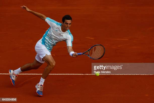 Albert RamosVinolas of Spain returns a shot to Dominic Thiem of Austria during the semifinals of the ATP Rio Open 2017 at Jockey Club Brasileiro on...
