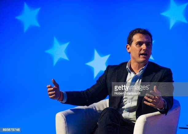 Albert Rivera attends a rally for the Citudans policital party on December 16 2017 in Barcelona Spain The Spanish national governement invoked...