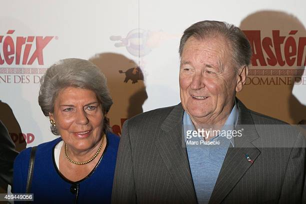 Albert Uderzo and wife Ada Milani attend the 'Asterix Le Domaine des Dieux' Premiere at Le Grand Rex on November 23 2014 in Paris France