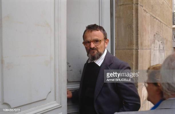 Albert Villemin le grandpère de Gregory Villemin assassiné en 1984 à Dijon pour une audience devant le Juge Simon