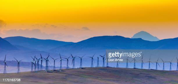alberta canada countryside - renewable energy stock pictures, royalty-free photos & images