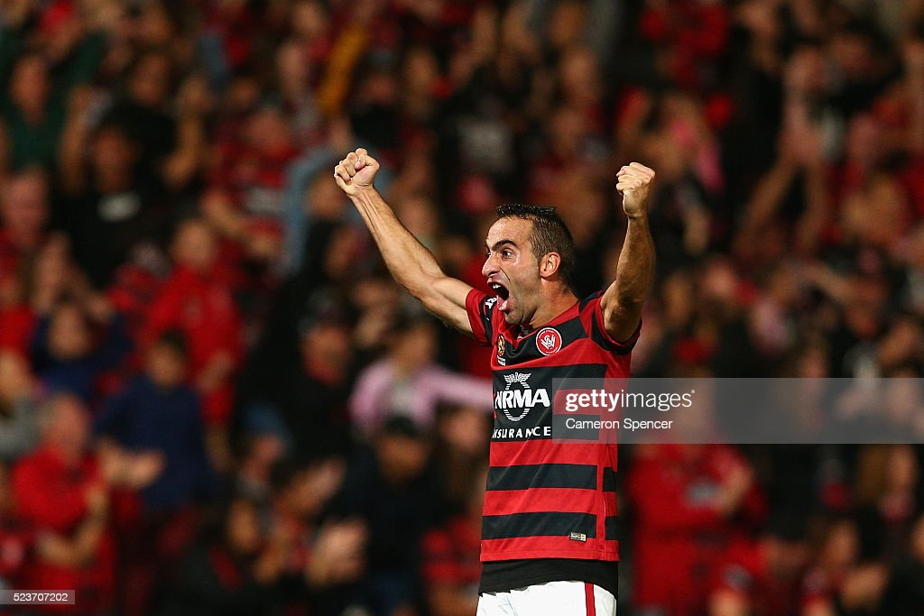 Alberto Aguilar of the Wanderers celebrates winning the A-League Semi Final match in extra time between the Western Sydney Wanderers and the Brisbane Roar at Pirtek Stadium on April 24, 2016 in Sydney, Australia.