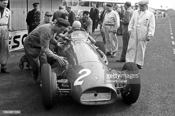 Alberto Ascari, Ferrari 500, Grand Prix of the Netherlands, Circuit Park Zandvoort, 07 June 1953. 1953 Dutch Grand Prix race winner Alberto Ascari in...