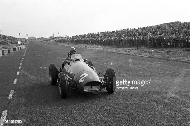 Alberto Ascari, Ferrari 500, Grand Prix of the Netherlands, Circuit Park Zandvoort, 07 June 1953. Alberto Ascari right after victory in the 1953...