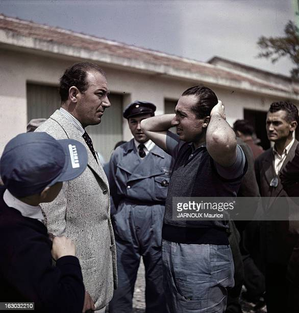Alberto Ascari, Italian Racing Driver. Alberto ASCARI , pilote de course automobile italien. Il a remporté le championnat du monde de Formule 1 à...