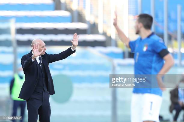 Alberto Bollini manager of Italy U21 gestures during the UEFA Euro Under 21 Qualifier match between Italy U21 and Ireland U21 at Arena Garibaldi on...