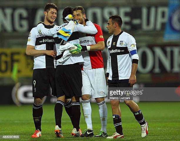 Alberto Cerri Mattia Cassani Antonio Mirante and Marco Marchionni of Parma celebrate victory at the end of the Serie A match between Parma FC and SSC...