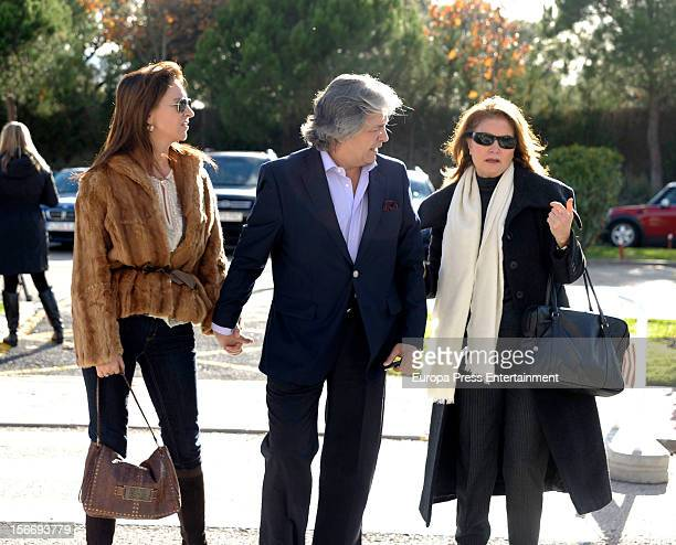 Alberto Closas jr attends the funeral chapel for Emilio Aragon known as 'Miliki' at Tres Cantos Chapel on November 18 2012 in Madrid Spain The famous...