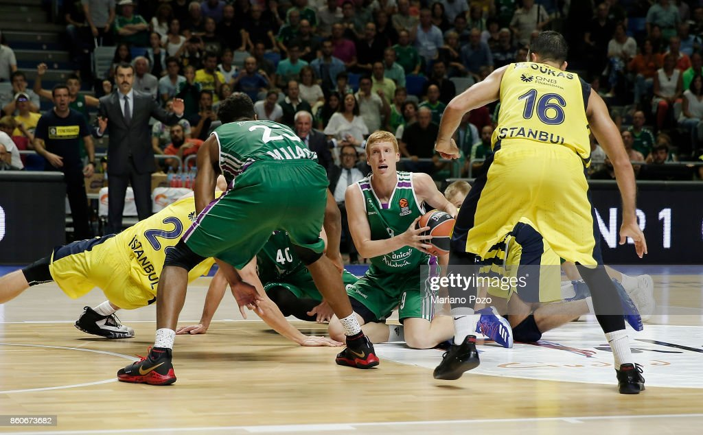 Alberto Diaz, #9 of Unicaja Malaga in action during the 2017/2018 Turkish Airlines EuroLeague Regular Season Round 1 game between Unicaja Malaga v Fenerbahce Dogus Istanbul at Martin Carpena Arena on October 12, 2017 in Malaga, Spain.