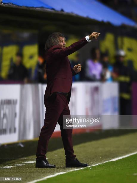 Alberto Gamero coach of Deportes Tolima gestures during a group G match between Boca Juniors and Deportes Tolima as part of Copa CONMEBOL...