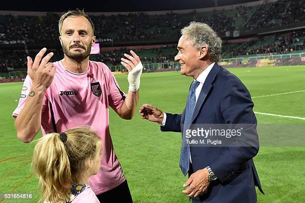 Alberto Gilardino and Gianni Di Marzio of Palermo celebrate after winning the Serie A match between US Citta di Palermo and Hellas Verona FC at...