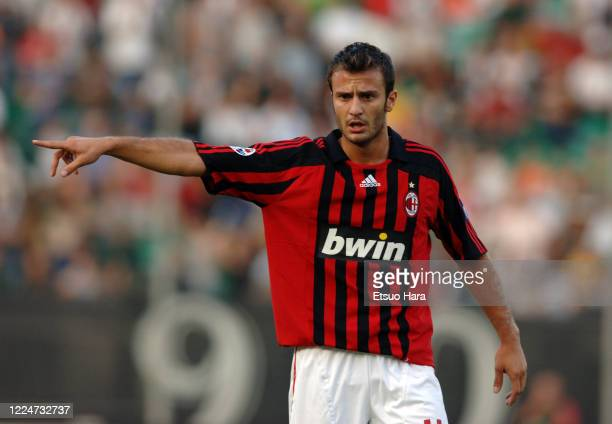 Alberto Gilardino of AC Milan gestures during the Serie A match between Robur Siena and AC Milan at the Montepaschi Arena on September 15, 2007 in...