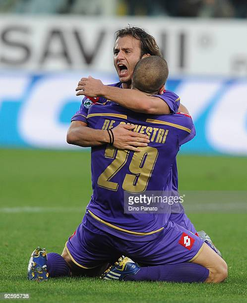 Alberto Gilardino of ACF Fiorentina celebrates after scoring the third Fiorentina's goal during the Serie A match between ACF Fiorentina and Catania...
