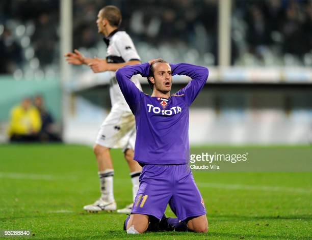 Alberto Gilardino of ACF Fiorentina reacts during the Serie A match between Fiorentina and Parma at Stadio Artemio Franchi on November 21, 2009 in...