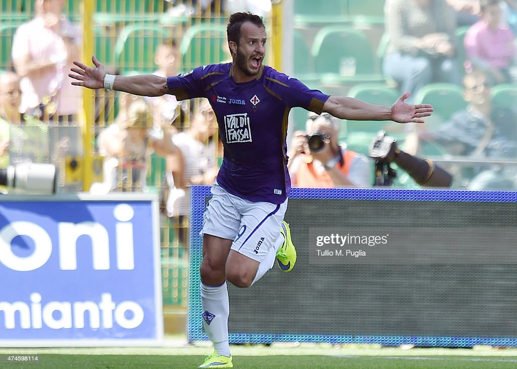 Alberto Gilardino of Fiorentina celebrates after scoring his team's second goal during the Serie A match between US Citta di Palermo and ACF Fiorentina at Stadio Renzo Barbera on May 24, 2015 in Palermo, Italy.