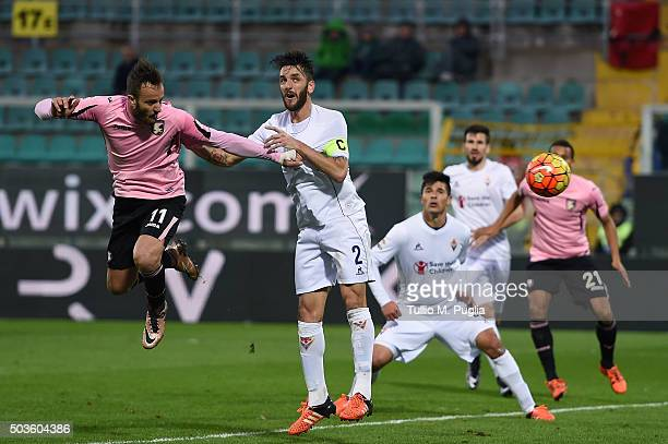 Alberto Gilardino of Palermo scores a goal during the Serie A match between US Citta di Palermo and ACF Fiorentina at Stadio Renzo Barbera on January...