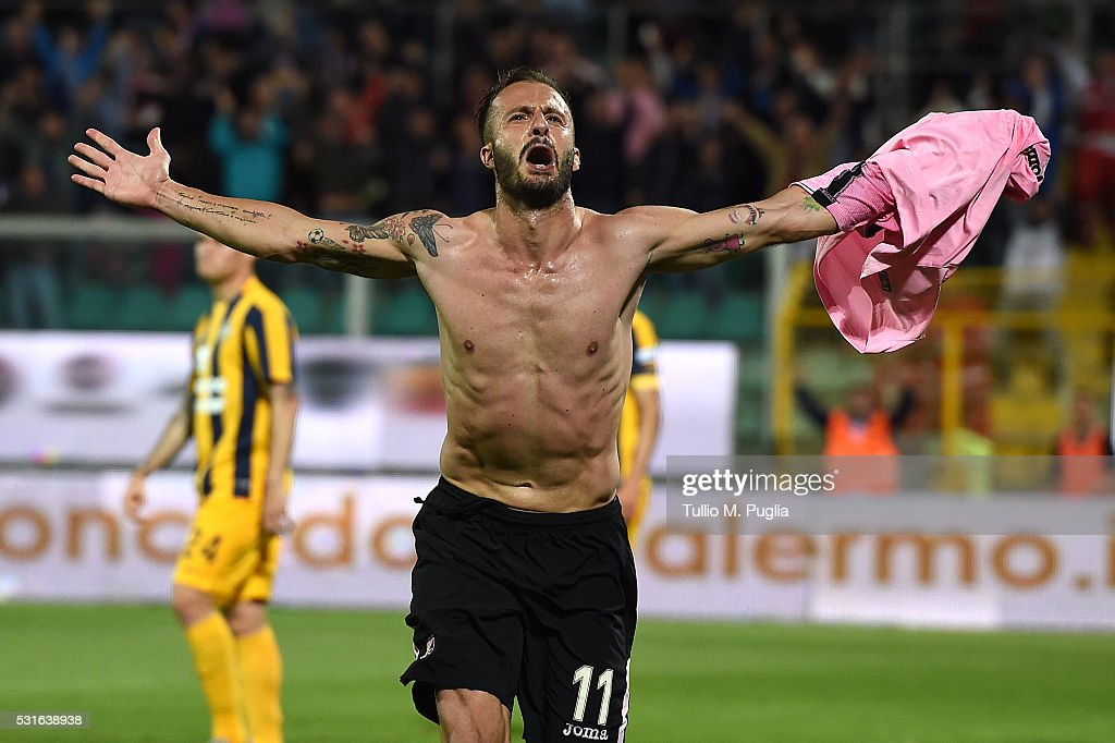 Alberto Gilardino of Palmero celebrates after scoring his team's third goal during the Serie A match between US Citta di Palermo and Hellas Verona FC at Stadio Renzo Barbera on May 15, 2016 in Palermo, Italy.