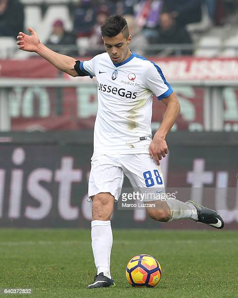 Alberto Grassi of Atalanta BC in action during the Serie A match betweenFC Torino and Atalanta BC at Stadio Olimpico di Torino on January 29 2017 in...