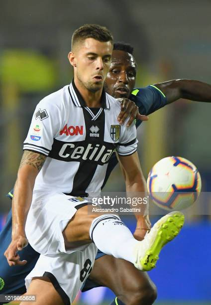 Alberto Grassi of Parma Calcio in action during the serie A match between Parma Calcio and Udinese at Stadio Ennio Tardini on August 19 2018 in Parma...