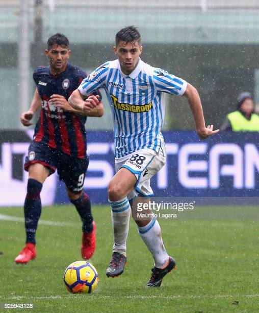 Alberto Grassi of Spal during the serie A match between FC Crotone and Spal at Stadio Comunale Ezio Scida on February 25 2018 in Crotone Italy