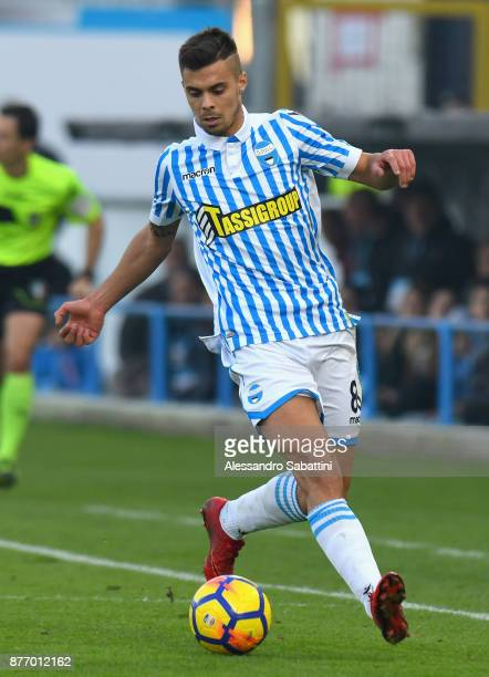 Alberto Grassi of Spal in action during the Serie A match between Spal and ACF Fiorentina at Stadio Paolo Mazza on November 19 2017 in Ferrara Italy