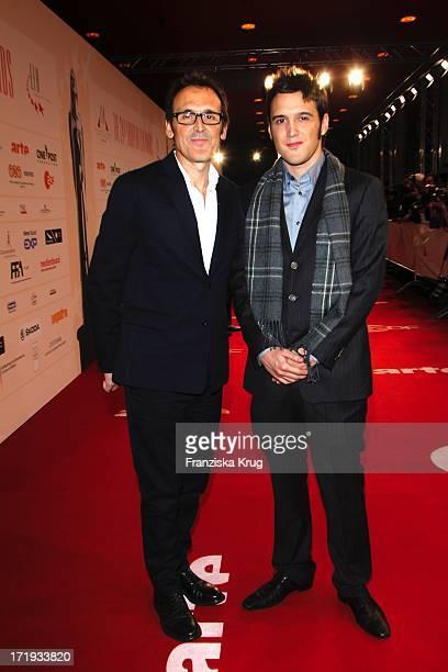 Alberto Iglesias Und Sohn Bei Der Verleihung Des Europäischen Filmpreis Im Tempodrom In Berlin