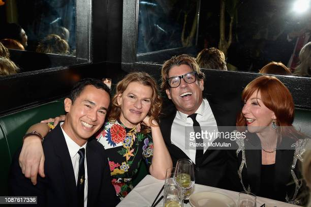 Alberto Latorre Sandra Bernhard Carlos Betancourt and Michele Fabrizi attend The Andy Warhol Museum's Annual NYC Dinner at Indochine on November 12...