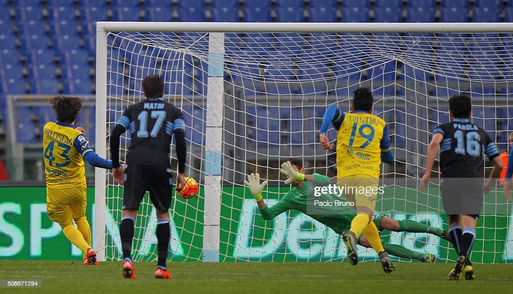 Alberto Paloschi #43 of AC Chievo Verona misses the penalty during the Serie A match between SS Lazio and AC Chievo Verona at Stadio Olimpico on January 24, 2016 in Rome, Italy.