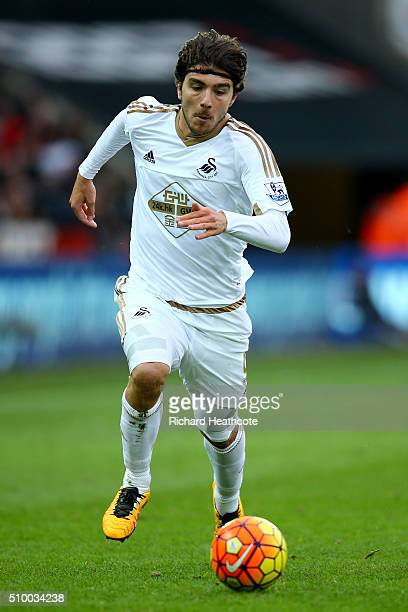 Alberto Paloschi of Swansea in action during the Barclays Premier League match between Swansea City and Southampton at the Liberty Stadium on...
