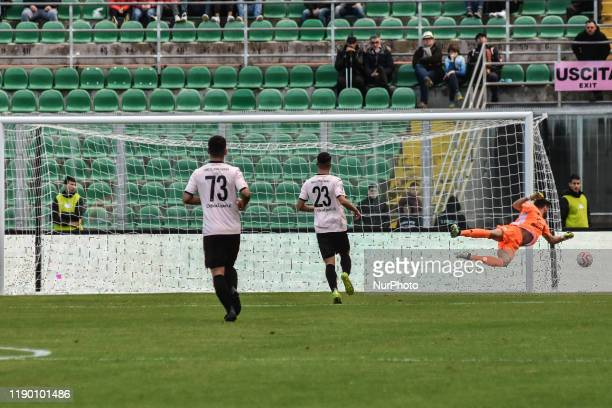 Alberto Pelagotti during the serie D match between SSD Palermo and ASD Troina at Stadio Renzo Barbera on December 22, 2019 in Palermo, Italy.