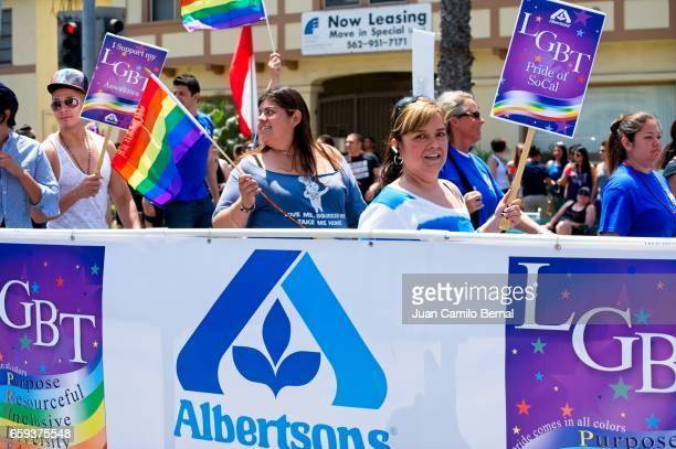 albertson's supermarket employees supporting their co-workers at the 2012 long beach lesbian & gay pride - united_states_house_of_representatives_elections_in_florida,_2012 stock pictures, royalty-free photos & images