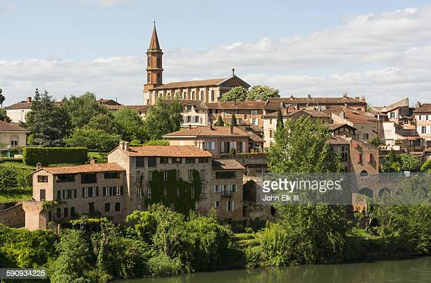 Albi, North bank of city withTarn River