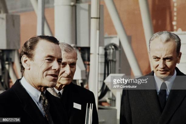 Albin Chalandon ministre de l'Équipement et du Logement pose aux côtés d'André Bettencourt en janvier 1971 / AFP PHOTO /
