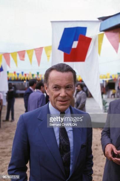 Albin Chalandon Pdg de ELFAQUITAINE en visite au Gabon le 26 février 1983