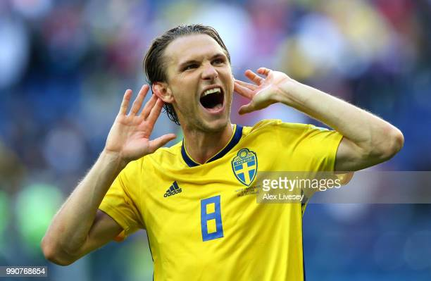 Albin Ekdal of Sweden celebrates victory following the 2018 FIFA World Cup Russia Round of 16 match between Sweden and Switzerland at Saint...