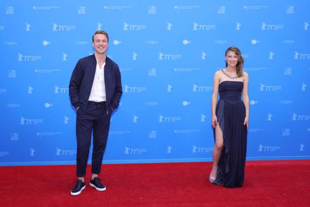"DEU: European Shooting Stars Awards & ""Ich Bin Dein Mensch"" (I'm Your Man) Premiere - 71st Berlinale International Film Festival Summer Special"