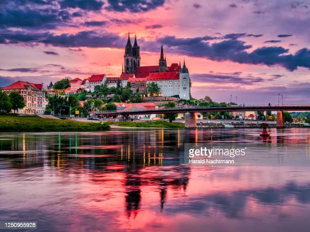 albrechtsburg and meissen cathedral on the elbe river, meissen, saxony, germany, - saxony stock pictures, royalty-free photos & images