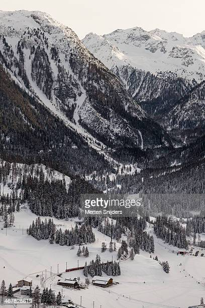 albula railway in winter landscape - merten snijders stock-fotos und bilder