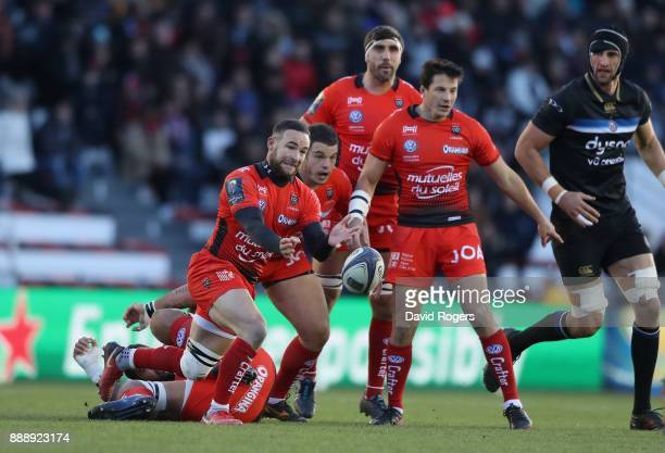 Alby Mathewson of Toulon passes the ball during the European Rugby Champions Cup match between RC Toulon and Bath Rugby at Stade Felix Mayol on...