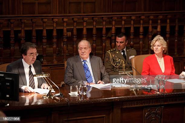 Alcala University President Fernando Galvan Reula, King Juan Carlos of Spain and People Defender Soledad Becerril attend 'Rey De Espana Human Rights...