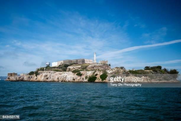 alcatraz island - san francisco - altraz island - alcatraz island stock pictures, royalty-free photos & images