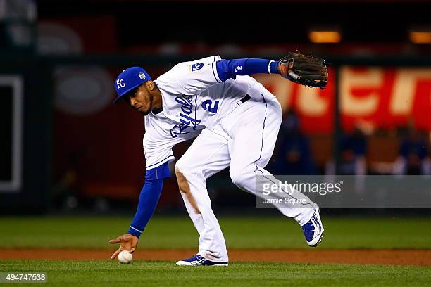 Alcides Escobar of the Kansas City Royals fields a ground ball hit by Juan Lagares of the New York Mets in the eighth inning in Game Two of the 2015...