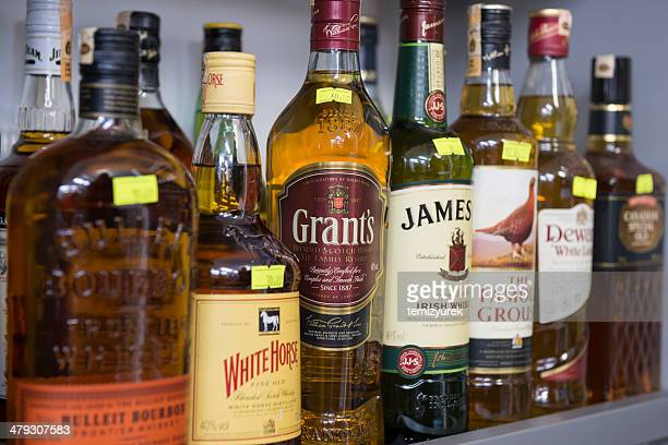 アルコール飲料 - アフィントン ストックフォトと画像