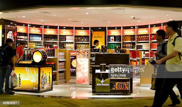 Tienda de bebidas alcohólicas tienda libre de impuestos en Singapur Airport